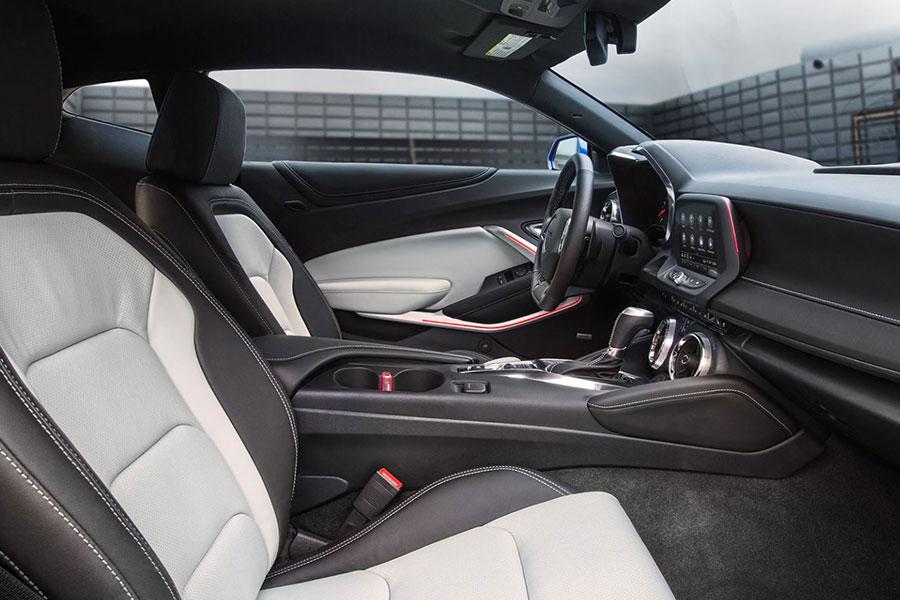 2020 Chevrolet Camaro Interior