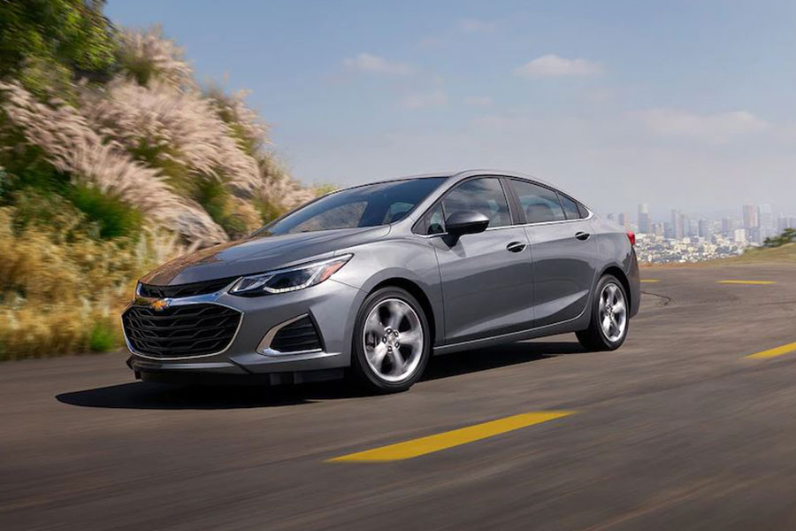 2019 Chevrolet Cruze on the Road
