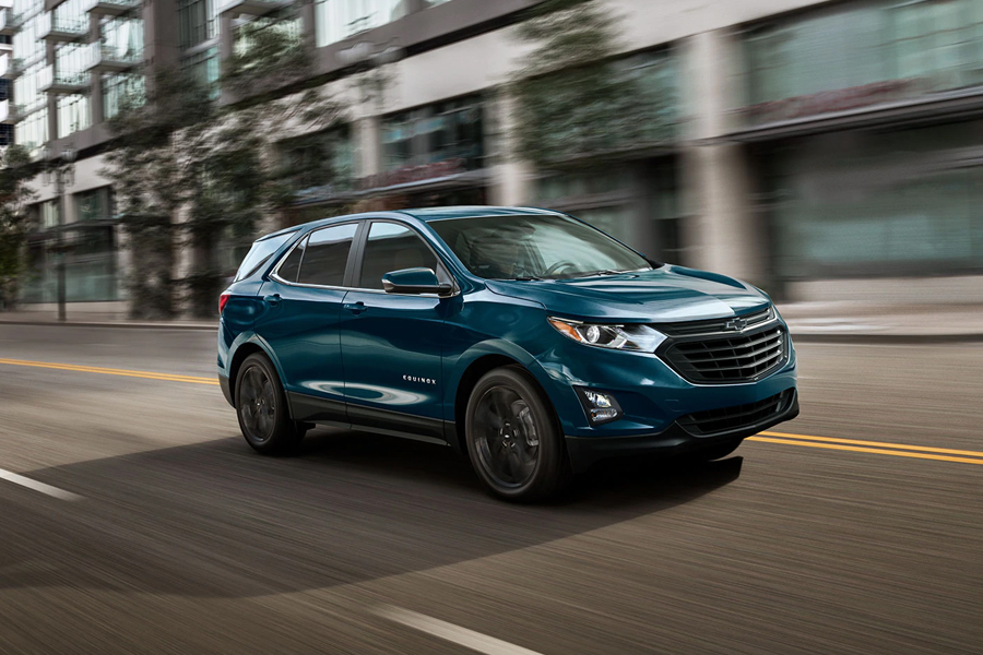 2021 Chevrolet Equinox on the Road