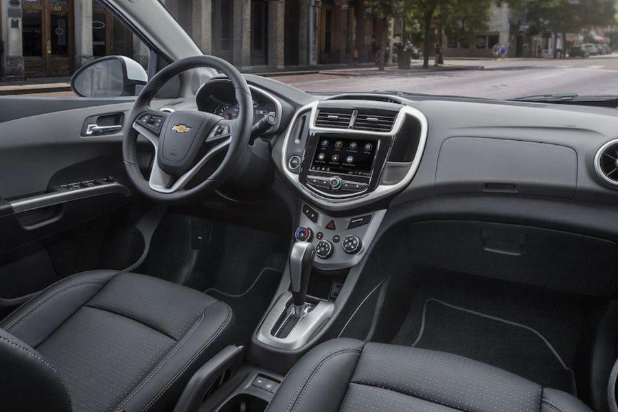 2019 Chevrolet Sonic Interior
