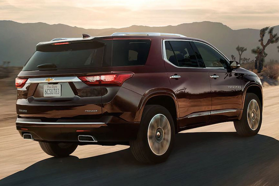 2019 Chevrolet Traverse on the Road