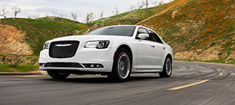 2016 Chrysler 300 Moneysaving Fuel-Efficiency