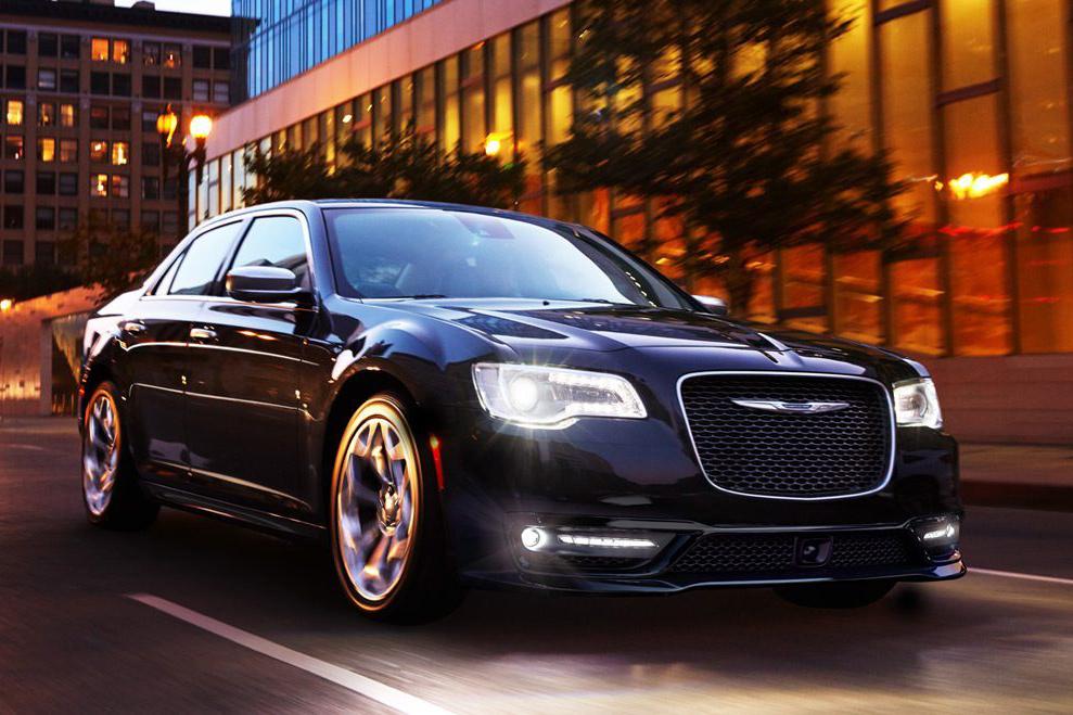2020 Chrysler 300 On the Road