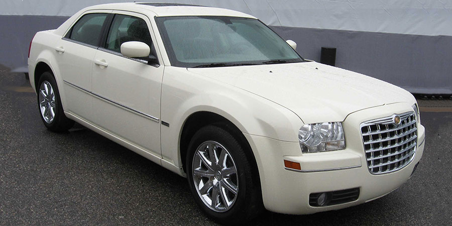 Used Chrysler 300 Gen 1