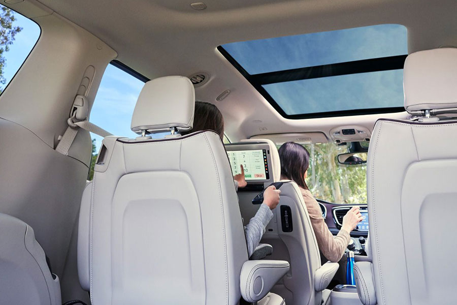 2018 Chrysler Pacifica Interior