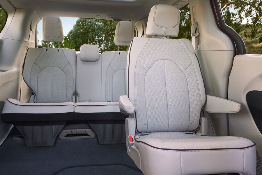 2019 Chrysler Pacifica Interior Passenger Space