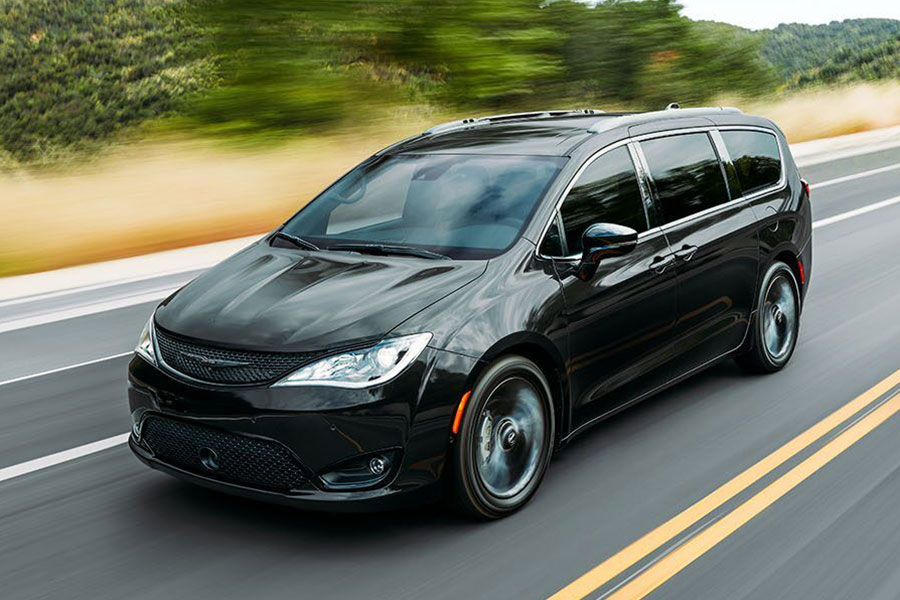 2020 Chrysler Pacifica on the Road