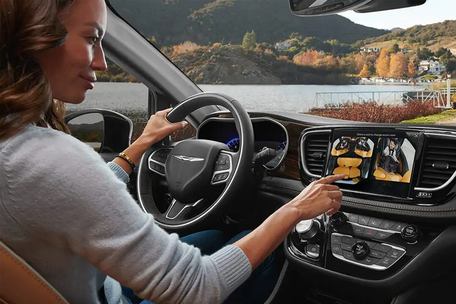 2021 Chrysler Pacifica Technology
