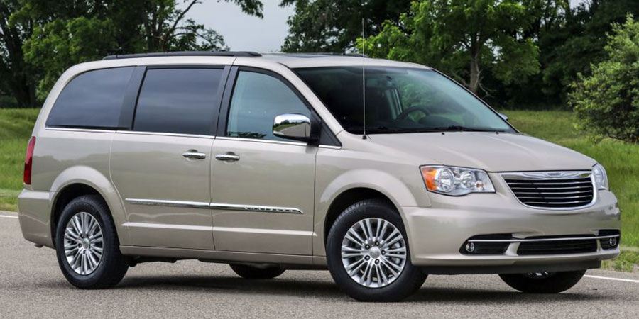 Used Chrysler Town and Country Gen 5