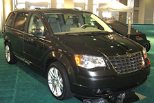 5th-Gen-Chrysler-Town & Country