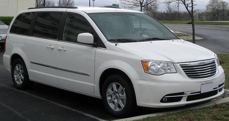 Used Chrysler Town Country
