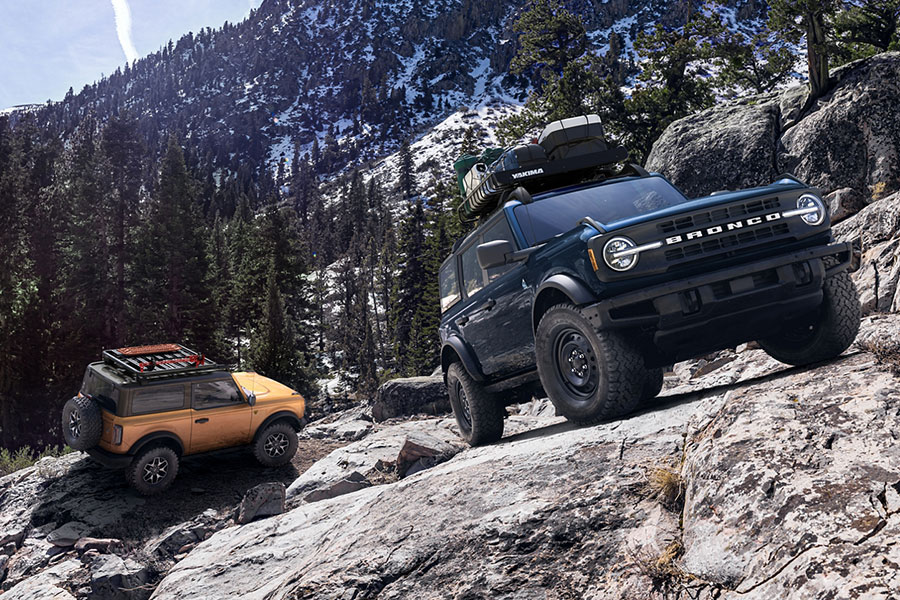 2021 Ford Bronco Off Roading