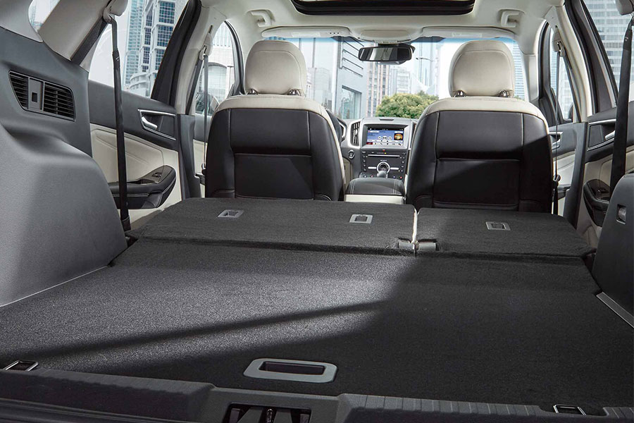2018 Ford Edge Cargo