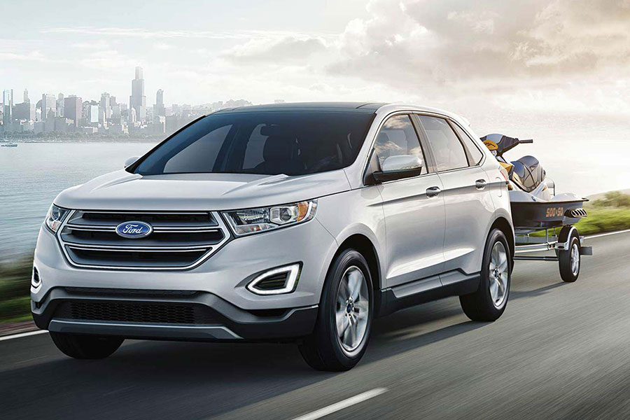 2019 Ford Edge on the Road