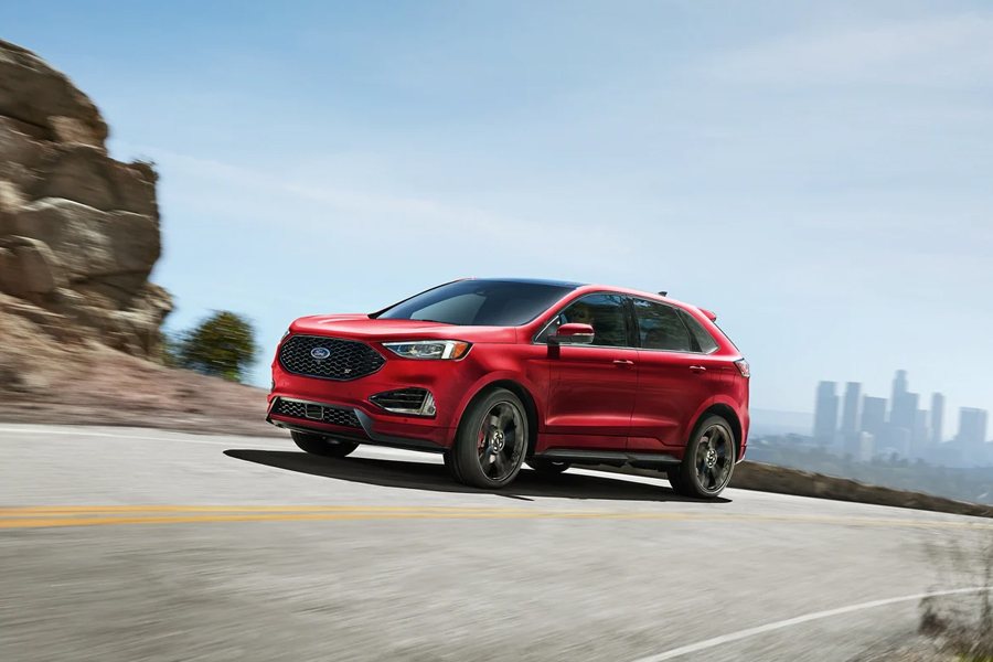 2021 Ford Edge on the Road