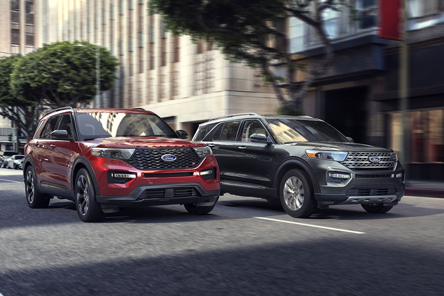 2020 Ford Explorer Hybrid on the Road