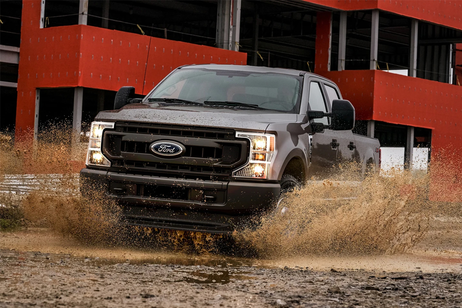 2021 Ford F-250 Off Roading