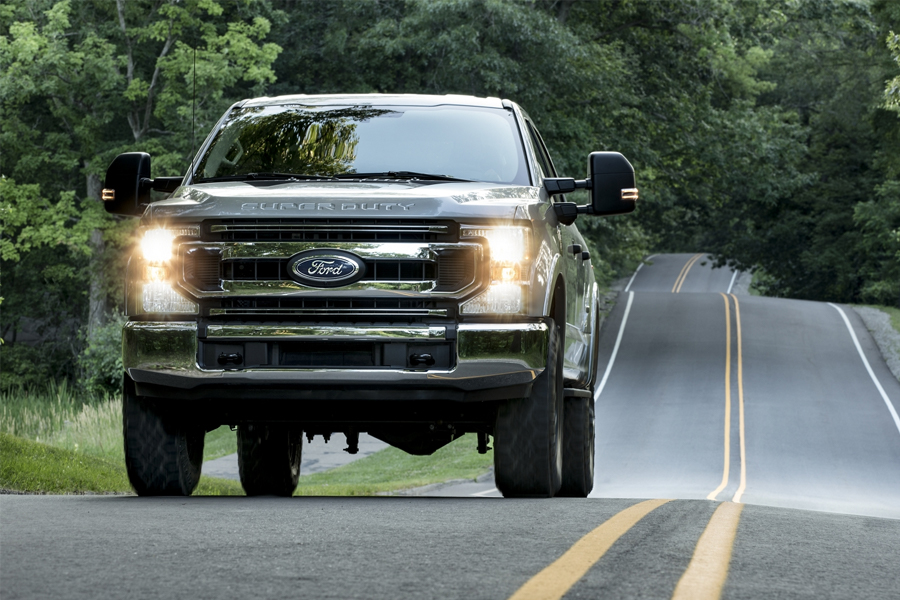 2020 Ford F-350 on the Road