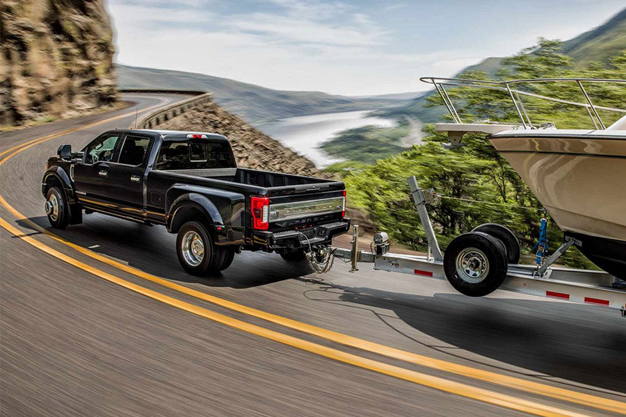 2019 Ford F-550 Towing