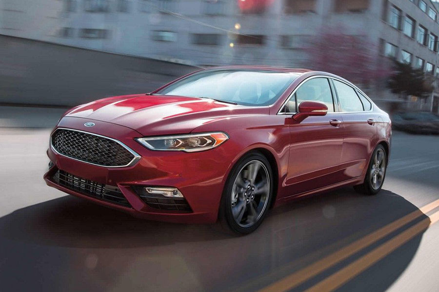 2018 Ford Fusion on the Road