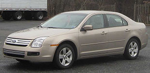 1st-Gen-Ford-Fusion