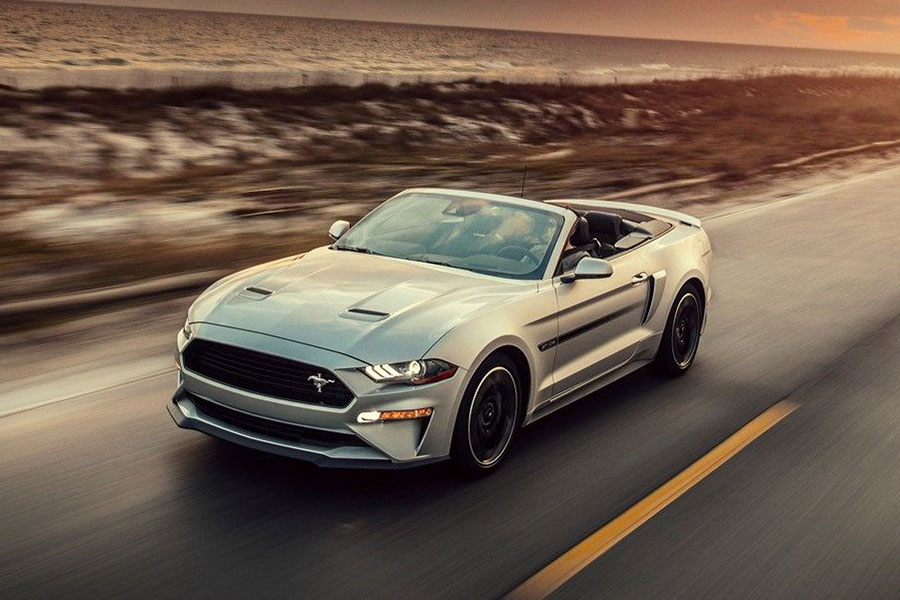 2018 Ford Mustang on the Road