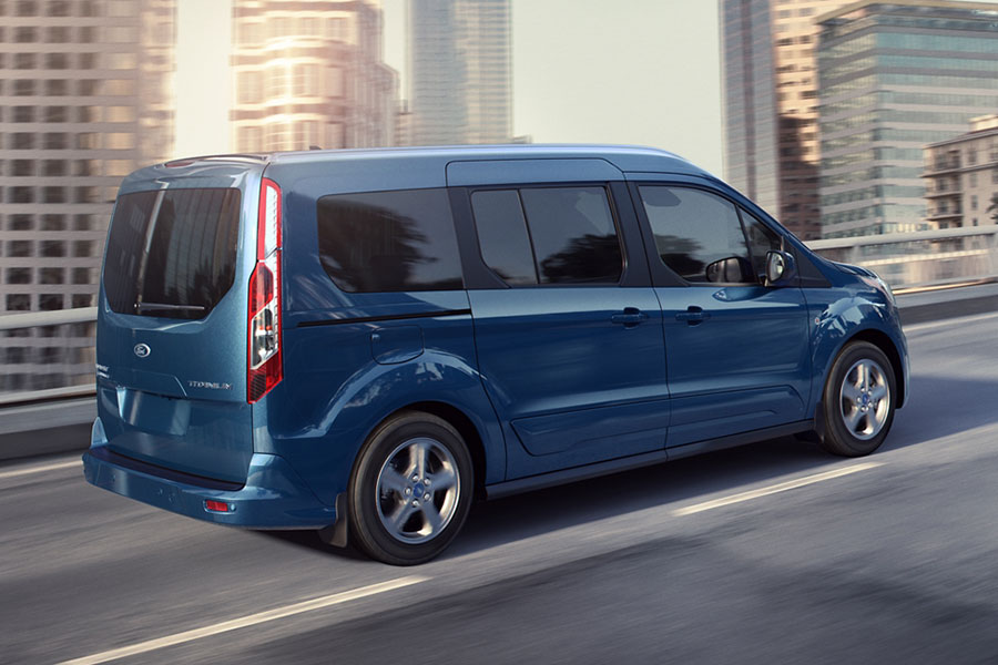 2020 Ford Transit Connect on the Road