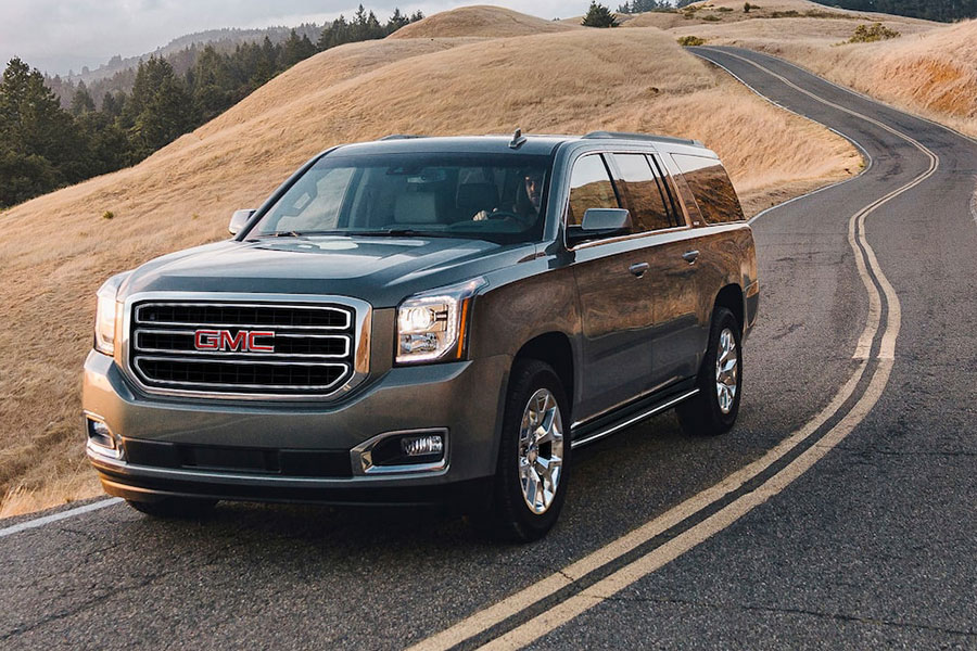 2020 GMC Yukon on the Road