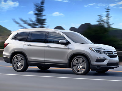 Only One Engine Comes In The Honda, But It Is An Ultra Modern Unit With A  Choice Of Automatic Transmissions And Front  Or All Wheel Drive.
