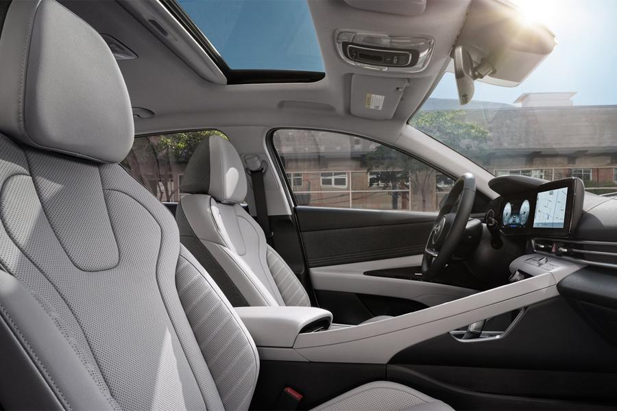 2021 Hyundai Elantra Hybrid Interior