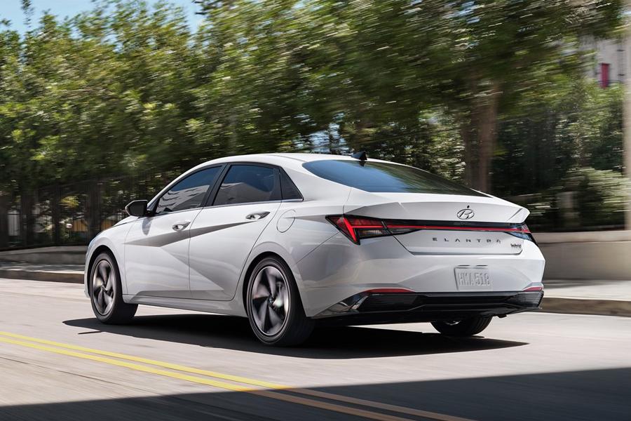 2021 Hyundai Elantra Hybrid on the Road