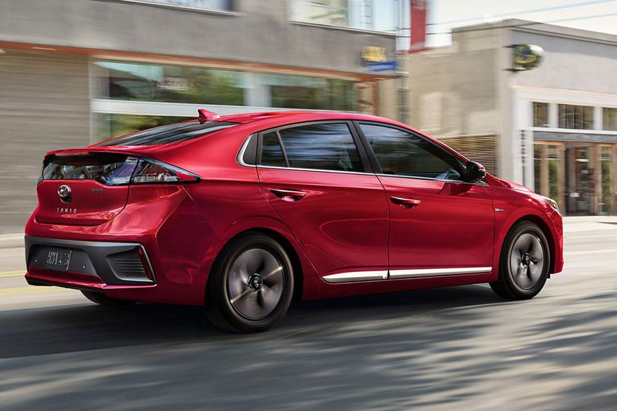 2020 Hyundai Ioniq Hybrid on the Road