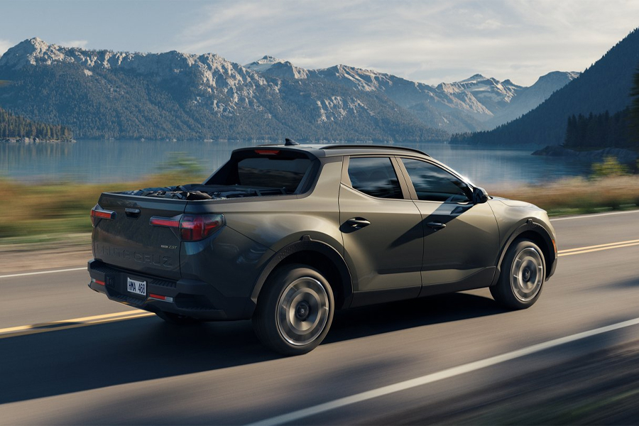 2022 Hyundai Santa Cruz on the Road