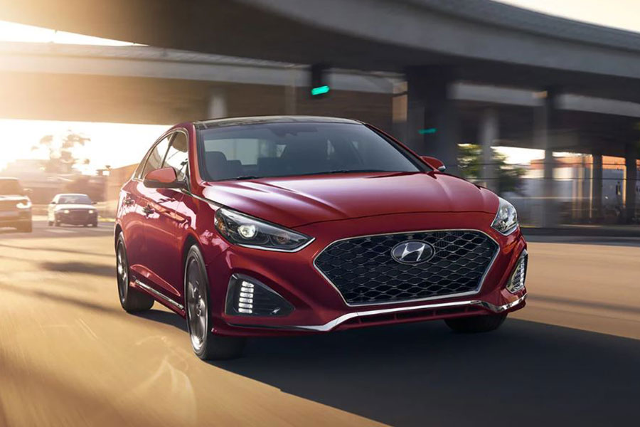 2018 Hyundai Sonata on the Road