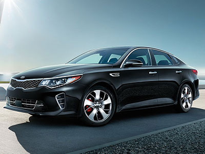 The Optima Impresses With Its Swift Ride And Modern Fuel Economy Depending On Train This Sedan Earns Up To 28 City 37 Highway Mpg