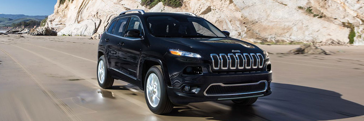 2018 Jeep Cherokee on the Road