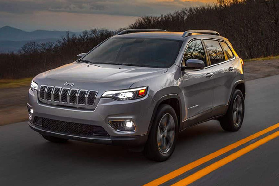 2019 Jeep Cherokee on the Road
