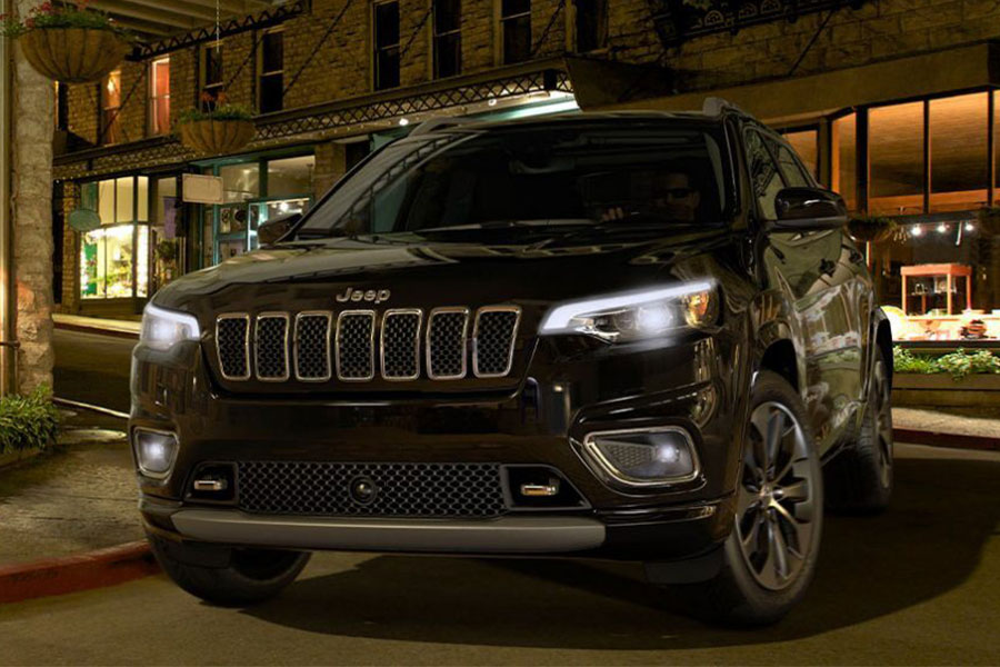 2020 Jeep Cherokee on the Road