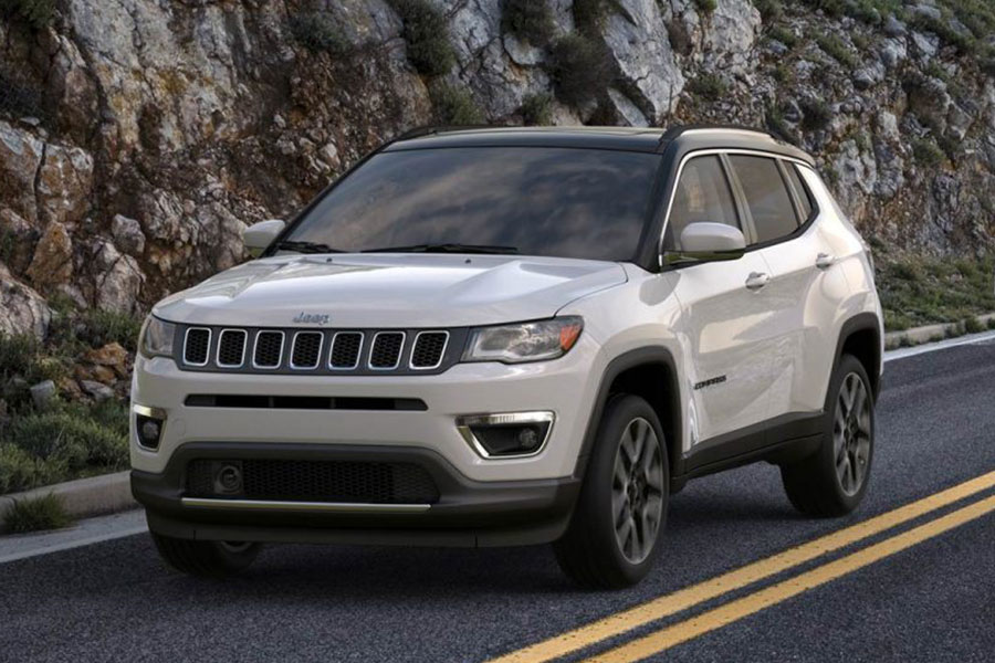 2019 Jeep Compass on the Road