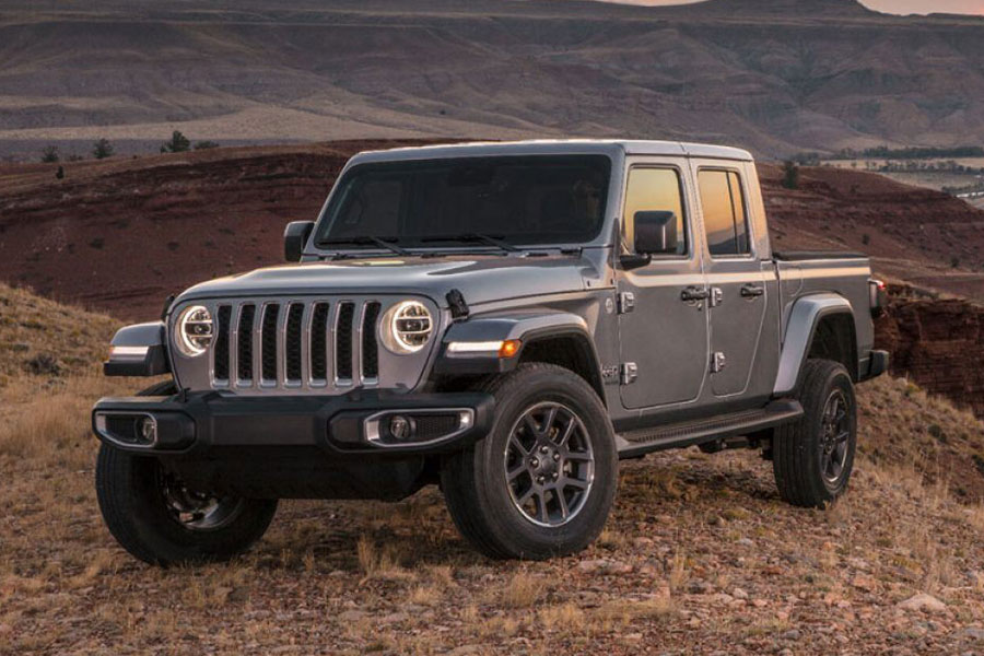 2020 Jeep Gladiator Off-Roading