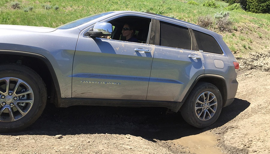 2016 Jeep Grand Cherokee - A Real Review, by a Real Person