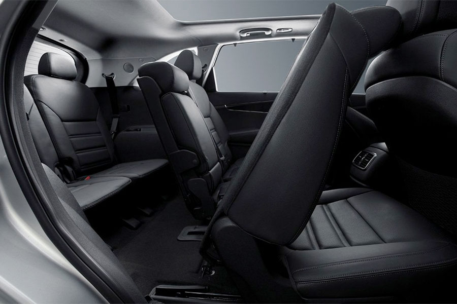 2019 Sorento backseat