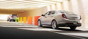 2016 Lincoln MKS Adaptive Cruise Control