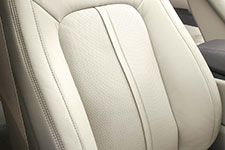 2016 Lincoln MKX Heated and Cooled Front Seats