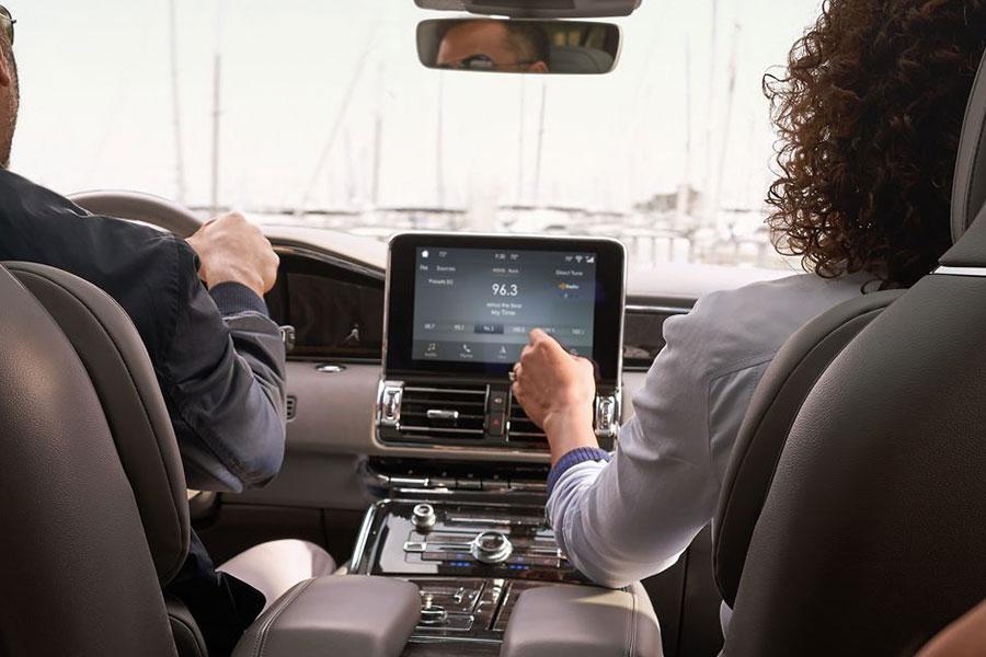 2019 Lincoln Navigator Technology