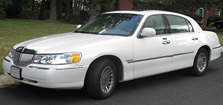 3rd-Gen-Lincoln-Town Car