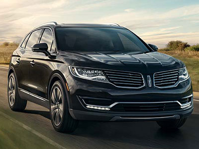 If It S Plush Leather Seating And A Smooth Ride To Work You Re After The Lincoln Mkx Is Mid Size Crossover Suv For