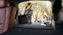 2017 Mazda CX-9 Versatile Cargo Hold