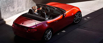 2017 Mazda MX-5 Miata RF Sculpted, Streamlined Body