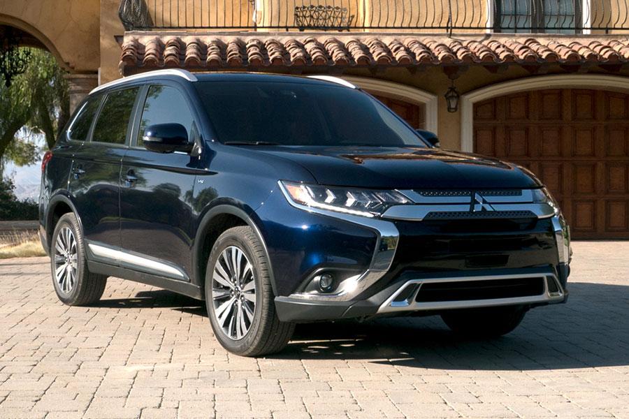 2019 Mitsubishi Outlander Exterior